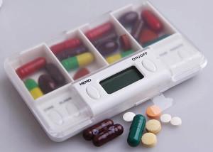 alarm kotak obat isi 4
