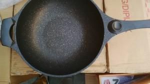 Seoul wok korean made nonstick die cast alumunium 32cm tampak dalam